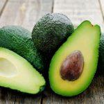 5 priežastys, kurios įtikins valgyti daugiau avokadų